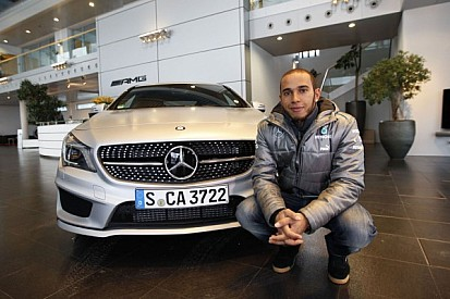 Hamilton helping Mercedes shed old image - Wolff