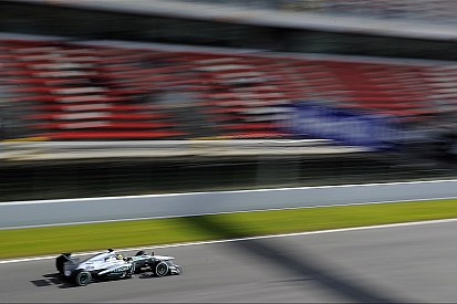 New bosses not reason for Mercedes boost - experts