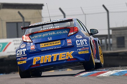 Andrew Jordan sets the pace at official BTCC test day