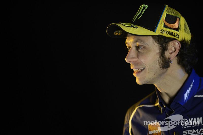 Lorenzo leads the way as final pre-season test begins at Jerez