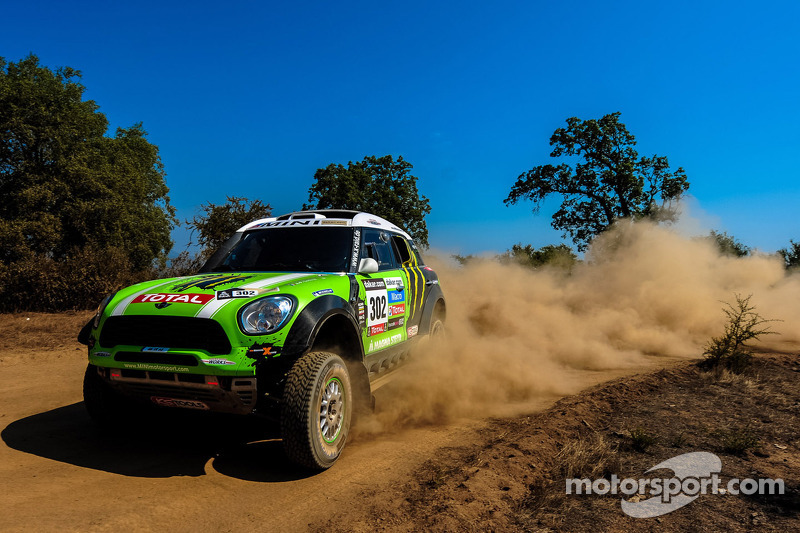 X-raid is going to race again with Peterhansel