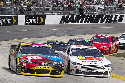 Busch runs out of 'time' at Martinsville, finishes fifth