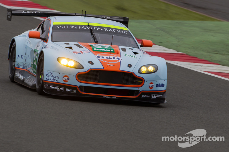 Aston Martin win in style at Silverstone