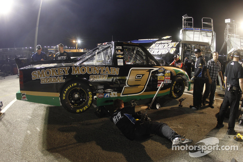 Hornaday Jr. penalized by NASCAR following Rockingham race