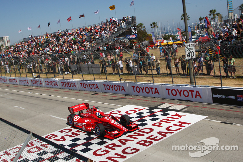 Franchitti was quickest in the climactic Firestone Fast Six - Long Beach qualifying