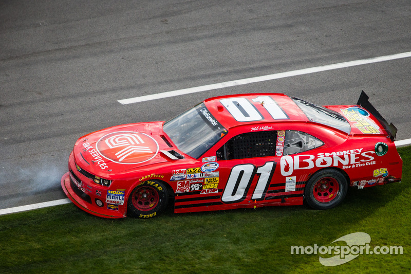Broken piston left Mike Wallace unable to finish the Richmond 250
