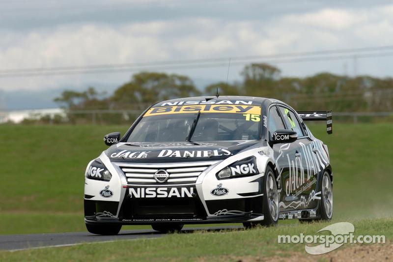 Nissan Motorsport quartet focus on tyre life in Perth