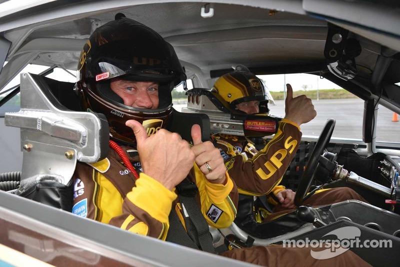 Edwards introduces golf ace Westwood to NASCAR