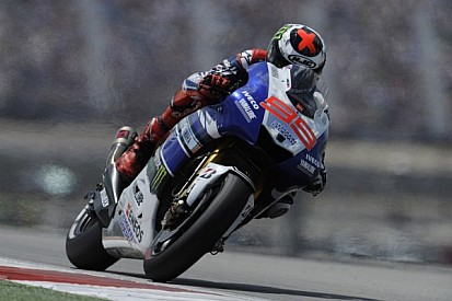 Lorenzo leads the way on day one at Jerez
