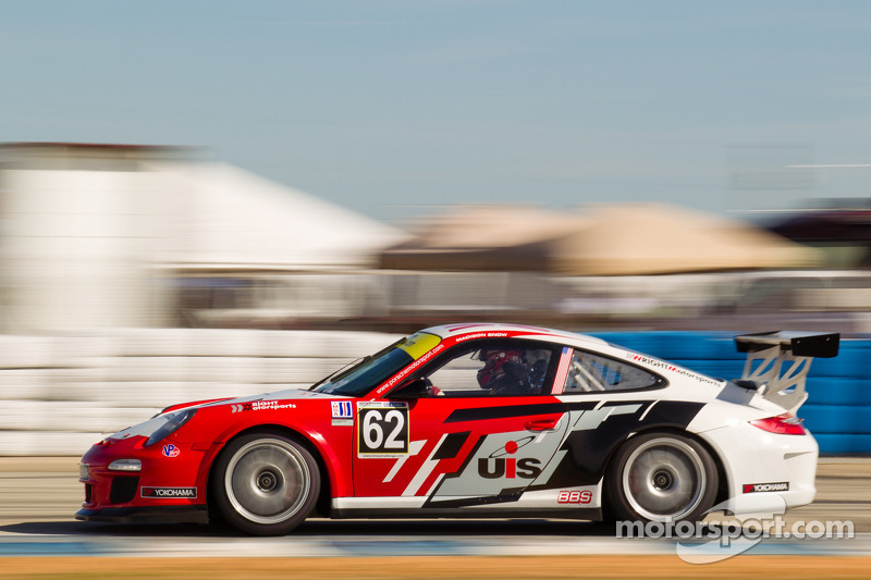 Snow claims race one victory and fourth pole at Mazda Raceway