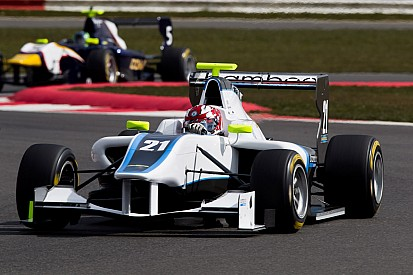 Bamboo GP3 score points on Race 2 at Circuit de Catalunya