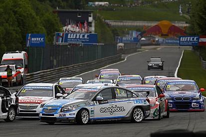 Independents podium for MacDowall at penalty-strewn Salzburg
