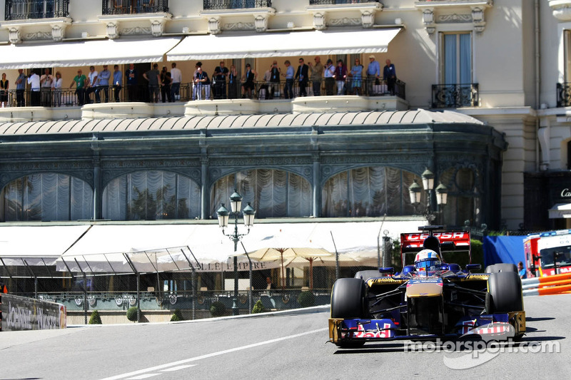 Toro Rosso's Renault deal not yet ready - report