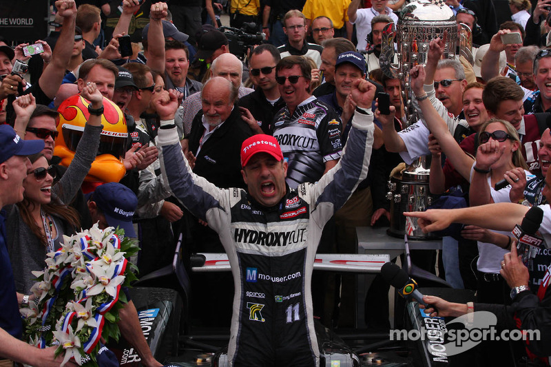 Kanaan wins record-breaking 97th Indianapolis 500 mile race