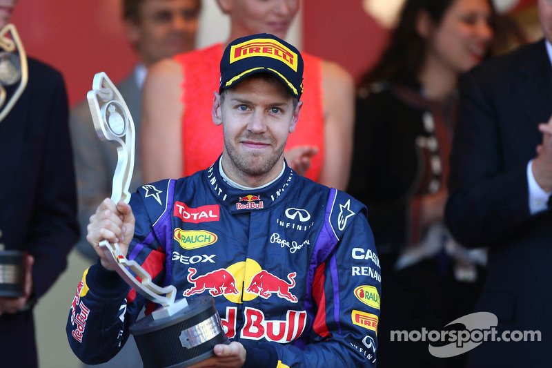 Vettel shows strength no F1 barrier for women - Wolff