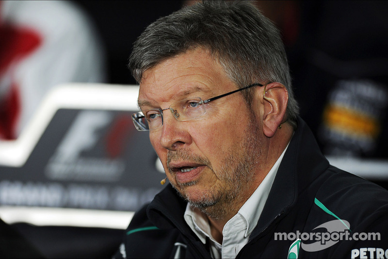 Wolff denies Mercedes to sacrifice Brawn