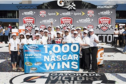 Biffle races to Ford's record victory in Michigan