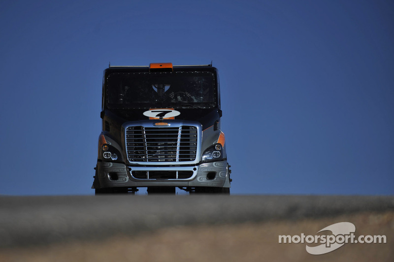 Mike Ryan will takie on Pikes Peak in a unique Freightliner