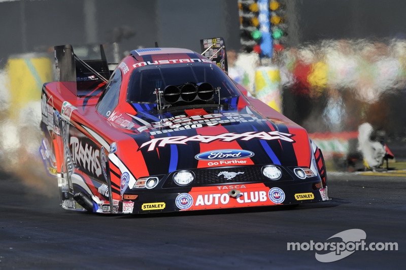 C. Force, Massey, Johnson and Hall race to victories at New England Dragway