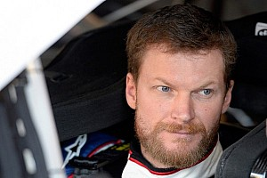 NASCAR Cup Qualifying report Earnhardt breaks track qualifying record with pole run at Kentucky