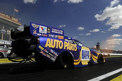 Capps records first three-second Funny Car run Route 66 Raceway history