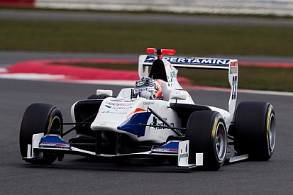 Venturini victorious in Silverstone Race 2