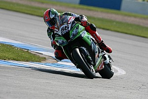 World Superbike Race report Sykes wins Race 1 at Imola to close up on Championship lead