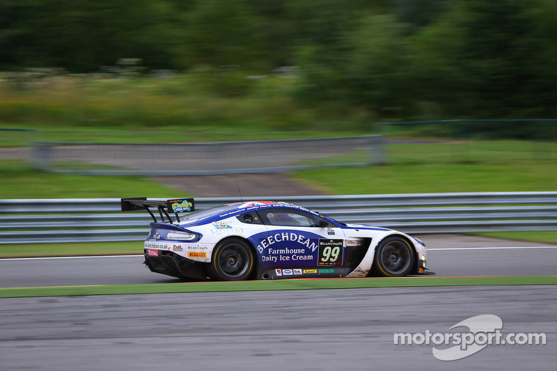 Mücke unlucky after great start at the 24 h of Spa