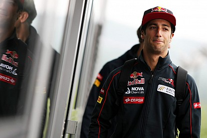 Renault: Only way is up for Daniel Ricciardo