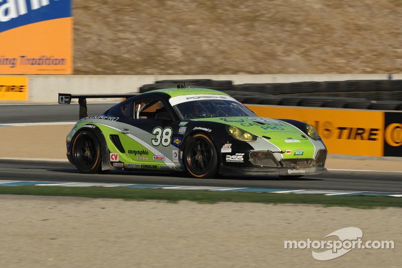Pumpelly holds off Auberlen in Mazda Raceway thriller