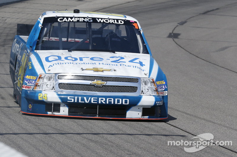 Dillon pilots the No. 24 Silverado to season-best 7th place finish at Chicagoland