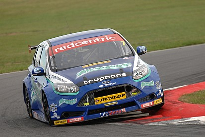 Airwaves Racing firmly in the mix at Rockingham