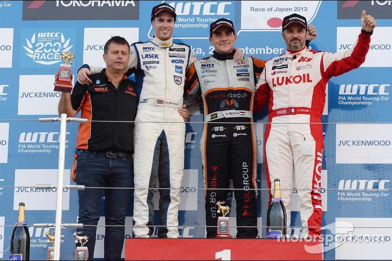 Honda win Suzuka Race 1 with Michelisz