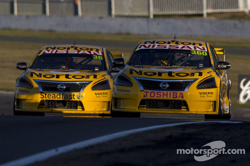Nissan Motorsport takes double top 20 at Bathurst 1000