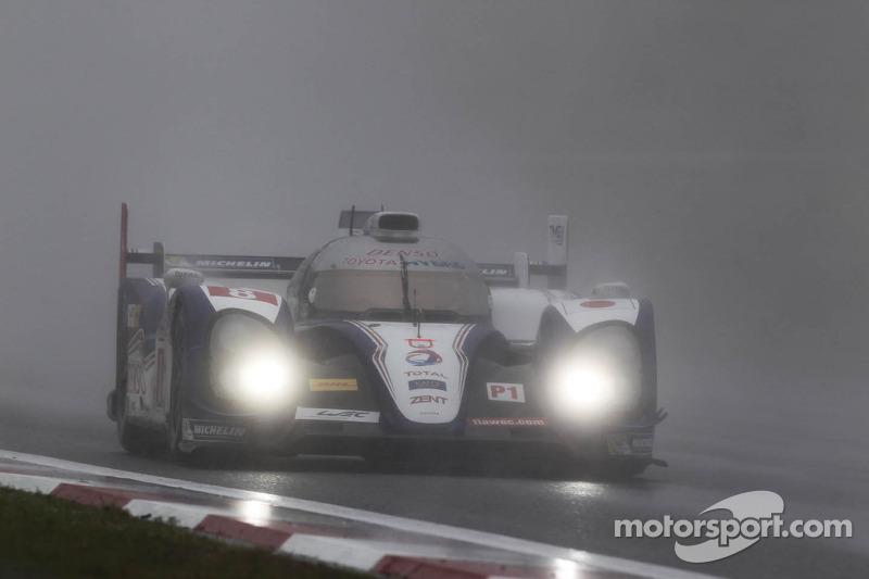 Rain dampens Toyota Racing's first place in Fuji