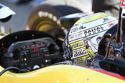 Graham Rahal completed first test in preparation for the 2014 IndyCar series season
