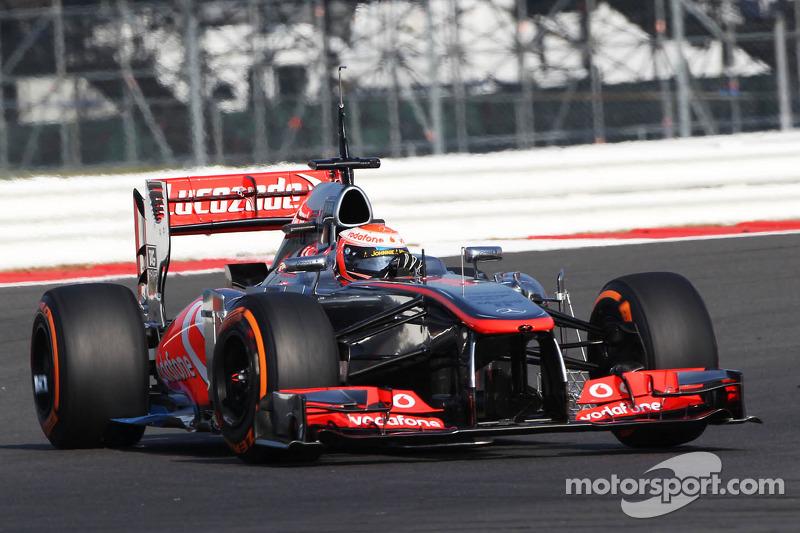 Formula One team boss reneged on Magnussen deal - Whitmarsh