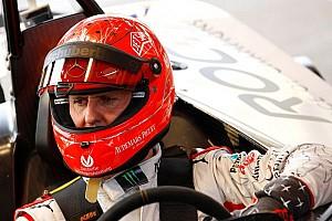 Formula 1 Breaking news Brazilian drivers pray for Schumacher before Massa's kart race - video
