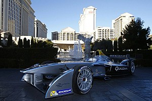Formula E Special feature A brief overview of the Spark Renault with Lucas di Grassi - video