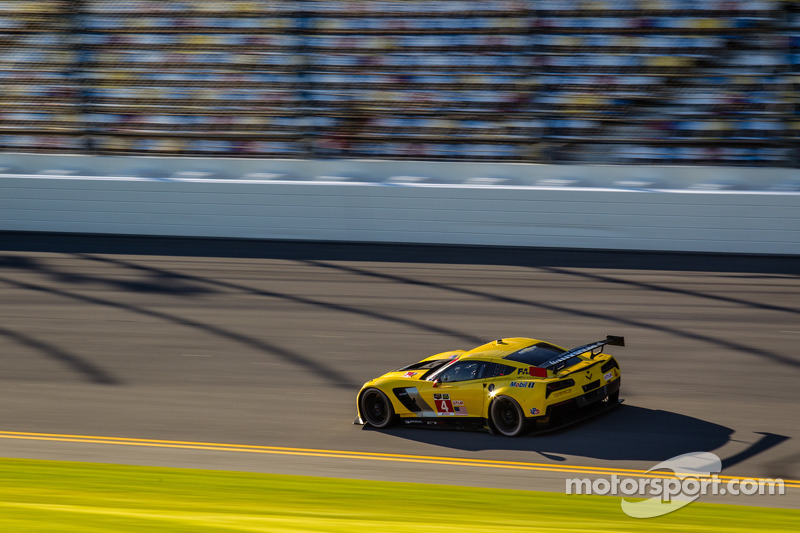 Mixed bag in first qualifying for Corvette C7.R