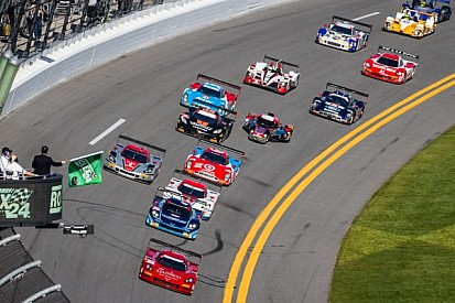 Rolex 24 under red flag at three hour mark