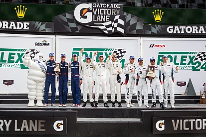 SRT Motorsports Viper scores podium result at Daytona