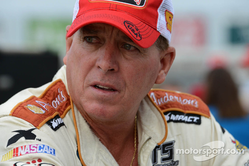 Ron Hornaday Jr. to compete in the NCWTS Season Opener for Turner Scott Motorsports