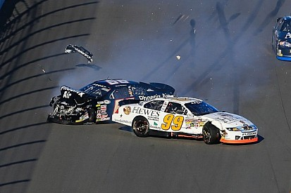 Speedweeks 2014: Carnage on the frontstretch