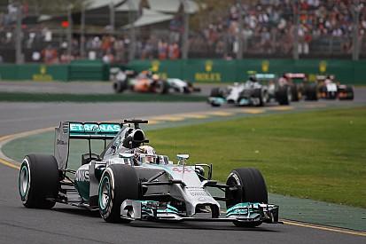 Pole position by Lewis Hamilton at Melbourne
