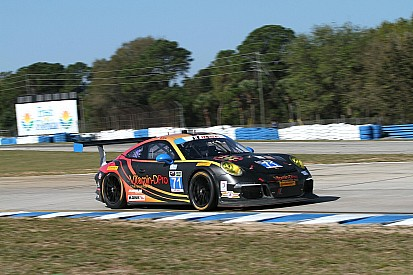 Hydraulic problems set Norbert Siedler back after team change in Sebring