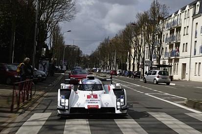 Audi presents the R18 e-tron quattro with a drive through downtown Le Mans