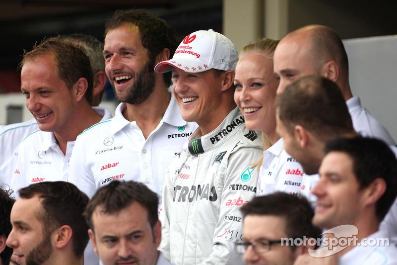Doctors 'cautious' after Schumacher awakening news