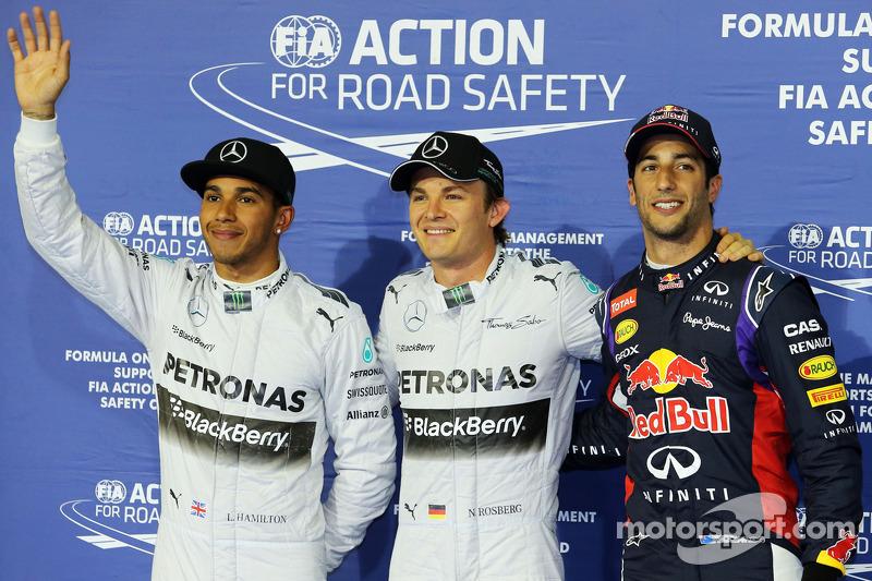 Rosberg beats Mercedes team mate, Hamilton to Bahrain GP pole