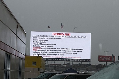 Texas race delayed by rain